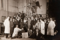 16_Team_movie_Metropolis